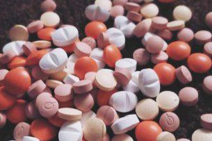 Депутат ЖК предложил легализовать некоторые наркотические лекарственные средства