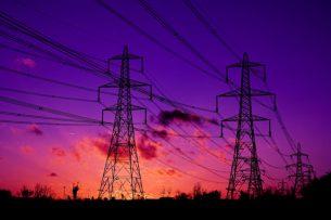 Два жилмассива и 6 рынков Бишкека временно отключат от электричества
