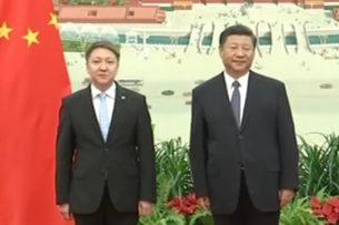 Новый посол Кыргызстана в Китае вручил Си Цзиньпину верительные грамоты