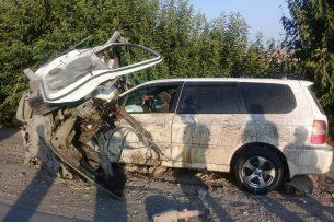 Крупное ДТП в Таш-Кумыре: 8 человек погибли, трое — в тяжелом состоянии