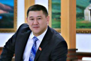 Русланбек Жакышов получил мандат депутата бишкекского горкенеша