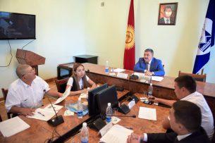 Помощь в пересадке печени, продажа мяса: о чем еще бишкекчане жаловались мэру