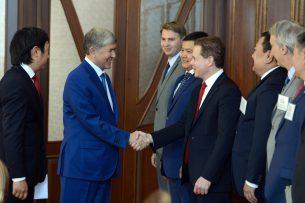 Президент Алмазбек Атамбаев встретился с представителями крупнейших американских компаний