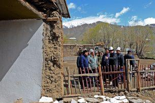 Стихийные бедствия как тест на прочность правительства Сооронбая Жээнбекова