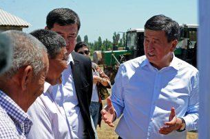 Сооронбай Жээнбеков поставил цель добиться повышения плодородия почвы земель сельхозназначения