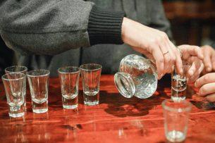 ВОЗ: даже умеренное употребление алкоголя повышает риск развития рака