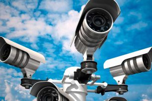 Во дворах «Востока-5» хотят установить видеокамеры: у населения просят почти 1 млн сомов