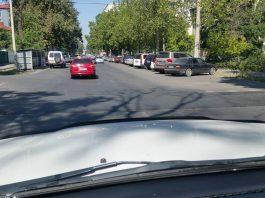 Автолюбители Бишкека жалуются на «незаметные» расширенные лежачие полицейские