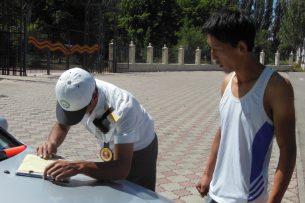 Международный день светофора на Иссык-Куле отметили рейдом «Пешеход»
