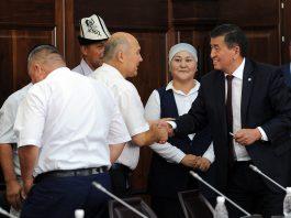 Сооронбай Жээнбеков: Правительство прилагает все усилия для скорейшей адаптации кайрылманов на исторической родине