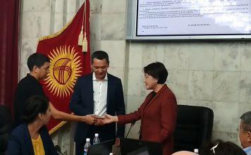 Омурбека Бабанова зарегистрировали кандидатом в президенты Кыргызстана