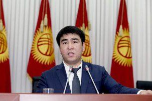 Жанар Акаев — Атамбаеву: Обеспечьте законность на выборах, не станьте жертвой горе-помощников