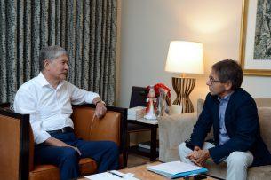 Алмазбек Атамбаев рассказал журналу Time об отношениях Кыргызстана и США