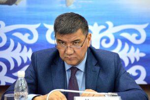 Депутата Матраимова обвинили в задержке рейса из Бишкека в Ош
