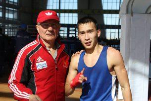Боксер из Кыргызстана выиграл серебро на международном турнире