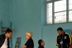 В Оше члены УИК контролируют, кто за кого голосует – Назира Ахмедова