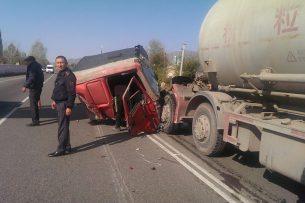 ДТП на трассе Бишкек – Торугарт: пострадало 3 человека