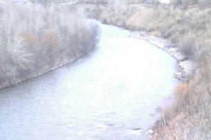 В реке Чаткал утонула двухлетняя девочка (фото)