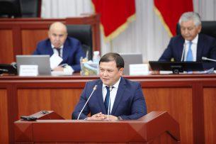 Член ЦИК требует отменить регистрацию кандидата в депутаты Дастана Джумабекова