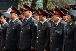 Бесстрашные блюстители закона: Дню милиции посвящается