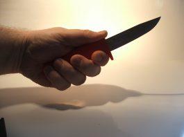 Пострадавший: таксист «Жорго» увез меня на кладбище, стал угрожать ножом и требовать деньги