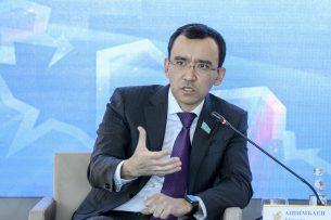 Глава комитета Мажилиса Казахстана – о властях Кыргызстана: Отказаться от $100 млн – их право