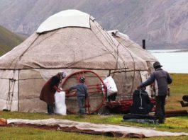 Французские документалисты сняли фильм о «невероятном Кыргызстане»
