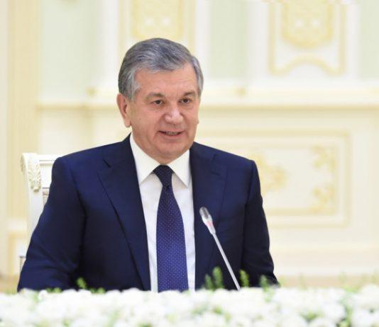 В Узбекистане академик предложил объявить Мирзиёева монархом, а народ – подданными