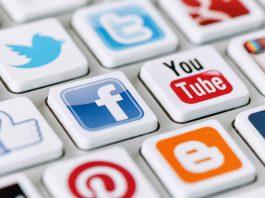Почти половина мира пользуется соцсетями. Facebook, YouTube и Instagram в лидерах