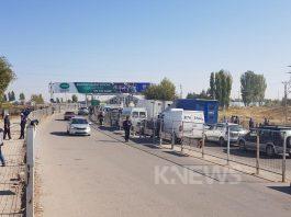 Ситуация на границе с Казахстаном: водители сообщают о новом «законе» в отношении авто из Кыргызстана