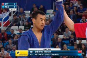 Военнослужащий срочной службы ГСИН Кыргызстана стал серебряным призером чемпионата мира по самбо в Сочи