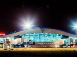 В аэропорту Алматы гражданам Кыргызстана устраивают 10-минутные допросы – очевидец