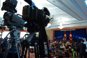 Атамбаев — о демаркации и делимитации госграниц с соседними странами