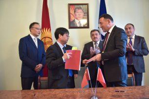 В Бишкеке восстановят 23 улицы: мэрия подписала контракт с китайской компанией