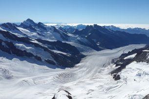 Главными врагами ледников в КР являются потребители энергоресурсов — активист