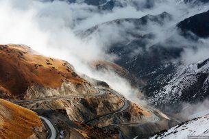 Соединяющий Кыргызстан и Таджикистан Памирский тракт вошел в пятерку красивейших трасс