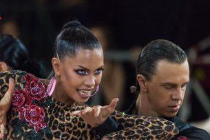 Спортсмены Кыргызстана завоевали «золото» на международном турнире по танцам в ОАЭ