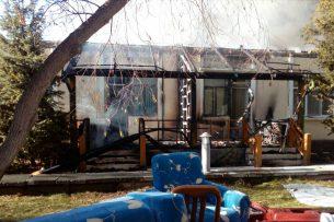 На Иссык-Куле сгорел корпус пансионата «Витязь» (фото)