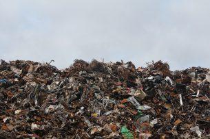 На исследование мусорного полигона потратили большие деньги, а результата нет – депутат БГК