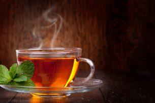 Ученые выяснили, что чай может убивать коронавирус в слюне