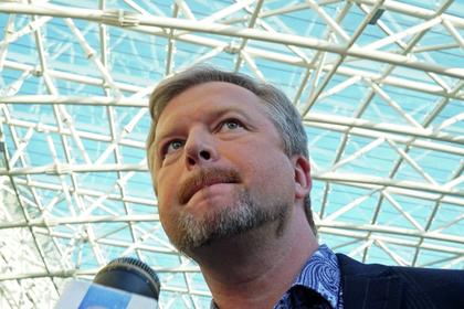 Ведущего КВН Александра Маслякова уволили закоррупцию