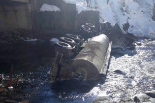 Госэкотехинспекция: в результате ДТП с бензовозом в реке Чычкан погибло 2,5 тонны радужной форели