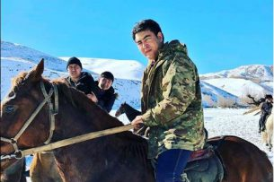 Жанар Акаев сыграл в кок-бору: Бороться сложно, но мы постарались (видео)