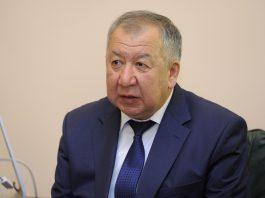 Кубатбек Боронов: Недропользователи сами дают взятки, а о коррупции говорят общими словами