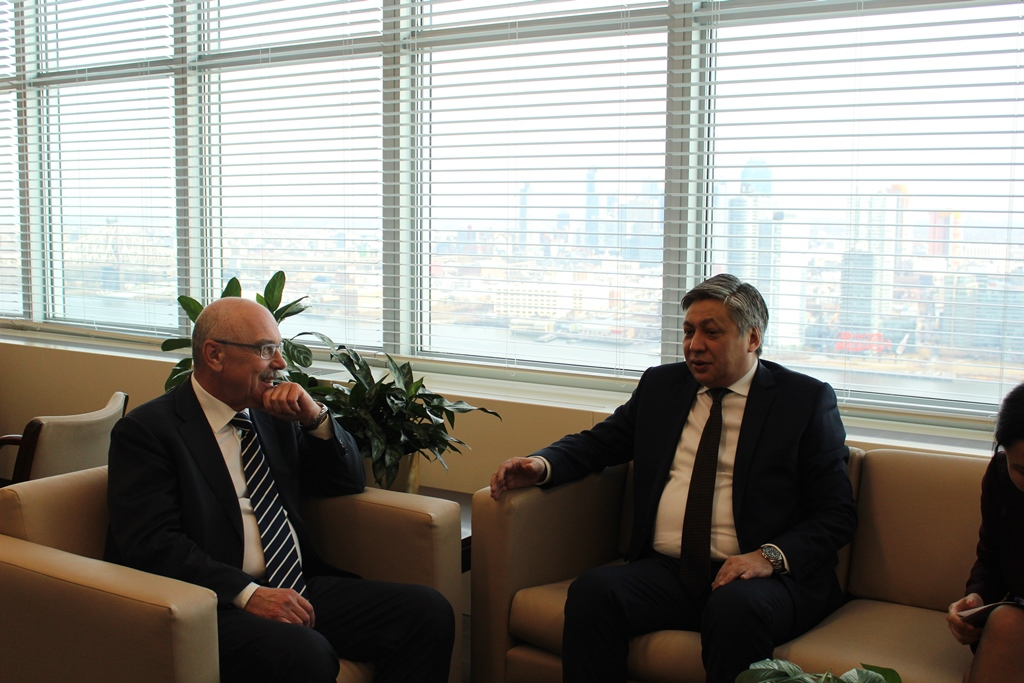 Эрлан Абдылдаев иСергей Лавров встретились вСША— что обсудили