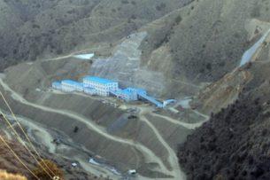 Уволенные китайской золотодобывающей компанией горняки выйдут на работу 15 января