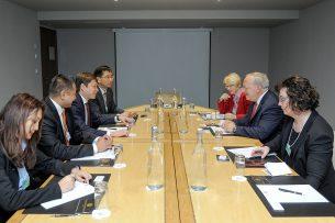 Кыргызстан и Швейцария обсудили реализацию проекта «Один пояс – один путь»