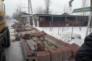 В «Келечеке» снесли 52-метровый забор: владельцы недвижимости заявляют, что действия мэрии незаконны