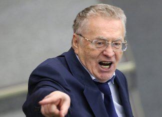 Жириновский упал на инаугурации губернатора (видео)