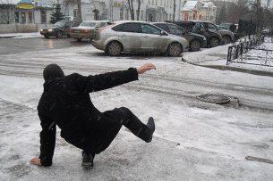 Как обезопасить себя на дорогах и тротуаре? Несколько правил от специалистов